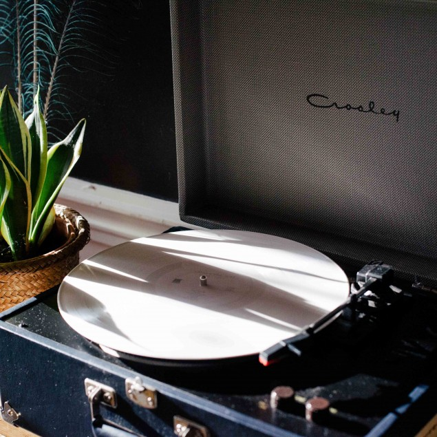 Why Vinyl Sounds the Best